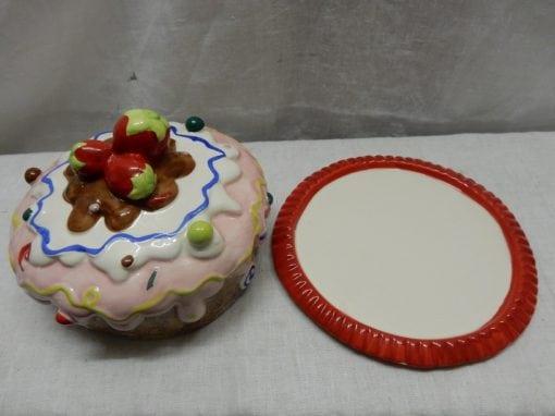 Dolomite Cake disch Strawberry