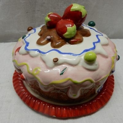Dolomite Cake disch Strawberry