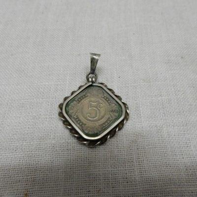 Antieke zilveren hanger vierkante stuiver 5 cent 1940