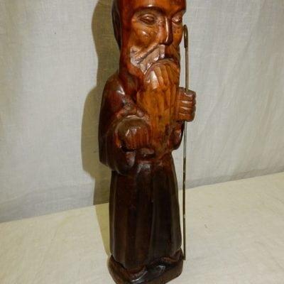 Hard houten beeld heilig man met staf