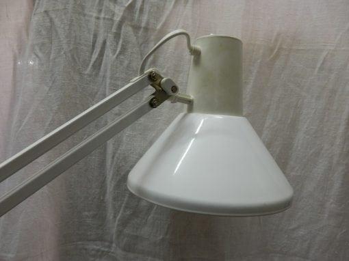 2e hands Massive architect lamp
