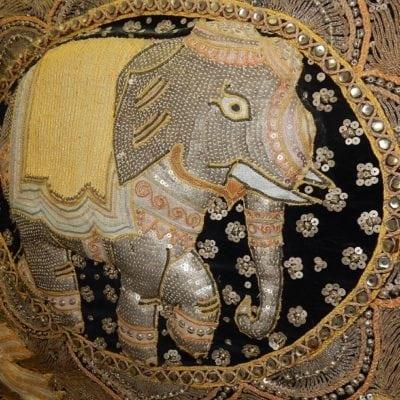 Vintage Thais wandkleed Olifant ingelijst