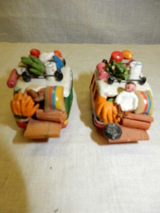 Vintage miniatuur busjes Ecuador