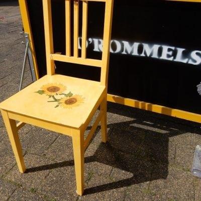 Geel stoeltje