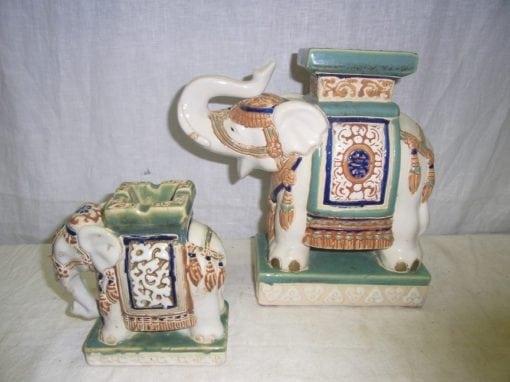 Oosterse olifanten keramiek