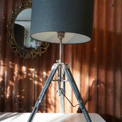 Driepoot tafellamp Navy look